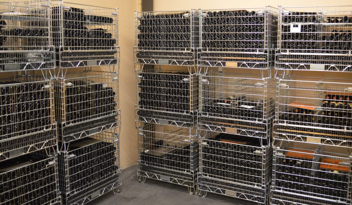 Pour un stockage efficace et sécurisée, Filbox créer des conteneurs métalliques vinicole.